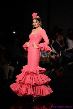 80 mejores imágenes de Flamenca  ee887e485fd