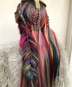 Classy boho rainbow braids for very long hair with chain accessories – Woman Hair Beauty Medium Long Hair, Very Long Hair, Medium Hair Styles, Natural Hair Styles, Long Hair Styles, Hair Color Purple, Cool Hair Color, Pretty Hairstyles, Braided Hairstyles