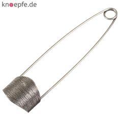 Kiltnadel aus Metall in Altsilber mit gebürstetem Verschlussteil