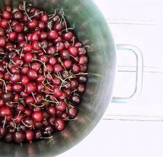 Diabetic Hi-Fibre bran rusks Moussaka, A Food, Diabetes, Smoothies, Fiber, Low Carb, Cooking Recipes, Fruit, Smoothie