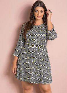 Vestido Evasê (Geométrico) Plus Size