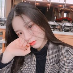"LOOΠΔ - Heejin's Orbit Anniversary Letter ""Orbits! It's so good to be able to hand write another letter for Orbits' first anniversary. Kpop Girl Groups, Korean Girl Groups, Kpop Girls, My Girl, Cool Girl, Wubba Lubba, Olivia Hye, Ulzzang Girl, Boro"