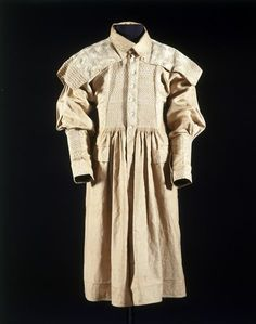 England, smock for special occasion, embroidered cotton with cotton thread, 1850-1900