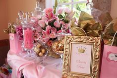 Favors, sweets and treats, perfect for a princess party