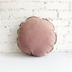 Coussin Pleine lune - Bois de rose Velvet Pillows, Throw Pillows, Moon Pillow, Bed, Handmade, Pink Moon, Full Moon, Accessories, Toss Pillows