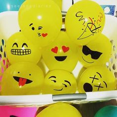 DIY: Make Your Own Emoji Balloons | http://BalloonParty.me – Blog