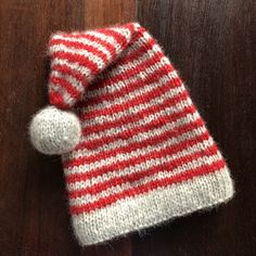 Tussa E-post :: Latest from PartiCraft (Participate In Craft), Crealies & Baby Hat Knitting Patterns Free, Knitting For Kids, Easy Knitting, Knitting Yarn, Crochet Patterns, Knitting Accessories, Christmas Knitting, Drops Design, Baby Design