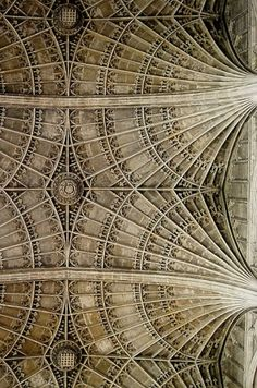 Fan vaulting, King's College Chapel, Cambridge. by Paola114