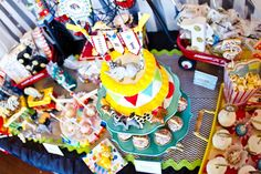 Circus Party, Smash Cake, Cake Bunting, Circus Animals: Miss Party Mom