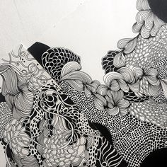 """Details from two black and white drawings from Helen Wells drawing"""" Abstract Drawings, Art Drawings, Black And White Drawing, Black Pen Drawing, Black And White Artwork, Black And White Illustration, Crayons Pastel, Art Tumblr, Doodle Art Designs"""