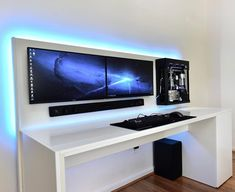 37 The Best Gaming Desk Decor Ideas With Computer Setup - When sitting in front of the PC, do you find that you become uncomfortable after some time? Do you feel stressed and tired every time you use your com. Good Gaming Desk, Computer Desk Setup, Gaming Room Setup, Pc Desk, Ikea Desk, Building A Gaming Desk, Dual Monitor Computer Desk, Dual Monitor Setup, Gaming Rooms
