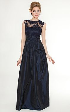 Mother of the Bride, Navy Lace and Taffeta Sleevless Gown | Teri Jon#P=F