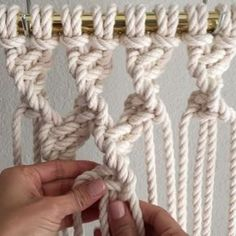 How to Tie Twisted Buddhist Treasure Mesh // This video shows you how to tie Twisted Buddhist Treasure Mesh; which is easy to do and it… How To Do Macrame, Macrame Art, Macrame Design, Macrame Projects, Macrame Jewelry, Macrame Curtain, Macrame Plant Hangers, Clove Hitch Knot, Passementerie