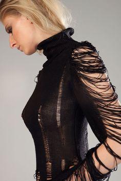 Dissolved Dress by Yasamin Zafar, The Danish Design School | muuse.com