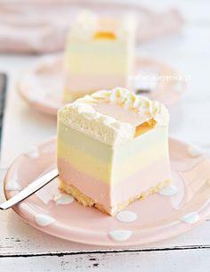 Polish Cake Recipe, Vanilla Cake, Love Food, Panna Cotta, Cake Recipes, Cheesecake, Food And Drink, Cupcakes, Sweets