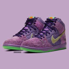 Official Images: Nike SB Dunk High 420 Purple Skunk - Dr Wong - Emporium of Tings. Nike Sb Dunks, Mens Vans Shoes, Nike Shoes, Sneakers Nike, Vans Men, Shoes Women, Men's Shoes, Nike Air Jordan Retro, Skateboard