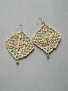 Leaf Flowers, Diy And Crafts, Jewlery, Crochet Earrings, Beige, Rose, Fashion, Stud Earrings, Crocheting