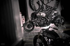 Yamaha Vmax Hyper Modified by Abnormal Cycles