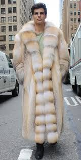 This Golden Isle Full length Men's Fur Coat is spectacular. The soft blond golden hair defines this fur from others. Making an entrance to a club, walking the cold streets of Chicago, this fur will keep you warm and noticed.…