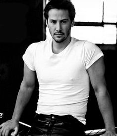 Keanu Reeves - mmmmm back to sweetness, hotness, coolness and cuteness! uh…