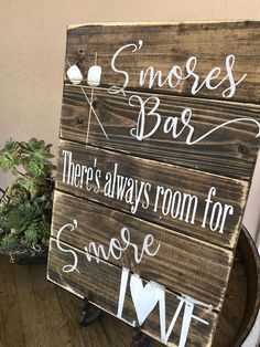 Smores bar sign by Sipandsign on Etsy Cieols has a gorgeous fire pit area in stone! We should have a s'mores bar Wedding Bells, Fall Wedding, Wedding Events, Dream Wedding, Perfect Wedding, Wedding Stuff, Wedding Menu, Rustic Wedding Bar, Rustic Country Wedding Decorations