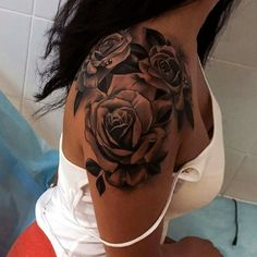 Elegant rose tattoos for your shoulder Lovely Designs with Meaning & Tips. Tattoos for girls are no longer the novelty they used to be. Many women now get inked, as the term goes. Here we have best and beautiful Elegant rose tattoos for your shoulder Dope Tattoos, Pretty Tattoos, Body Art Tattoos, Girl Tattoos, Tatoos, Ladies Tattoos, Half Sleeve Tattoos For Women, Rose Tattoos For Women, Sleeve Tattoo Women