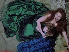 Madeleine's Green Bustle Gown - From the film Interview With the Vampire.  Portrayed by: Domiziana Giordano.