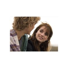 Movie Review Wild Child via Polyvore featuring emma roberts, people, alex pettyfer, celebs e pictures