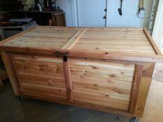 Cedar storage trunk