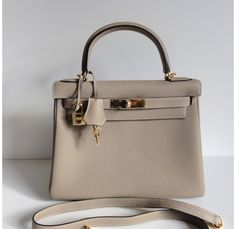 Hermes Kelly Bag 28cm Gris Tourterelle Dove Grey Togo Gold Hardware