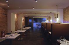 Restaurant Punt de Llum, Berga Metal Structure, Glass Globe, Crystal Ball, White Light, Pendant Lamp, Lighting Design, Chrome, Bulb