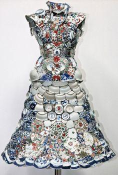 Платье из фарфора