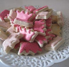 Crown cookies: sugar cookie recipe, icing, and sprinkles