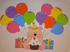 DRICA ARTES EM EVA: Agosto 2014 Birthday Chart Classroom, Birthday Bulletin Boards, Birthday Charts, Preschool Birthday Board, Decoration Creche, Class Decoration, School Decorations, Preschool Classroom, In Kindergarten