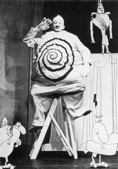 CHAUDRON: Marionetteatern Stockholm - Kung Ubu (Alfred Jarry's Ubu Roi) directed by Michael Meschke. Stage design and puppets: Franciszka Themerson. Op Art, Stockholm, Alfred Jarry, Tableaux Vivants, Absinthe, Dark Circus, Circus Clown, Theatre Costumes, History Projects