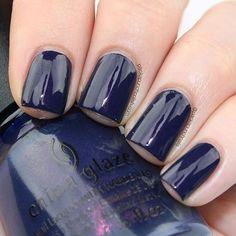 """@packapunchnails is 'Sleeping Under The Stars' in this dark blue shimmering stardust shades!"""