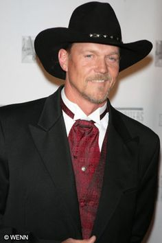 Trace Adkins.
