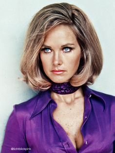 Wanda Ventham has had a distinguished acting career with 133 credits from 1956 to the present day She appeared in The Saint and Carry on Up The Khyber. Wanda Ventham, Female Actresses, British Actresses, English Actresses, Uk Tv Shows, Sci Fi Tv Shows, Ufo Tv Series, Movie Magazine, Marilyn Monroe Photos