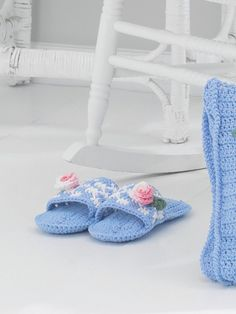 Mule Slippers | Yarn | Free Knitting Patterns | Crochet Patterns | Yarnspirations