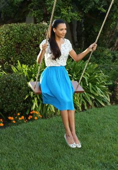 "Santana Films a TV Commercial Glee Season 5, Episode 2: ""Tina in the Sky With Diamonds"""
