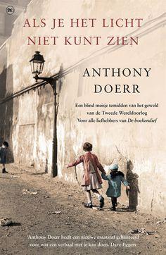 als-je-het-licht-niet-kunt-zien http://www.just40.nl/lifestyle/just-review-als-je-het-licht-niet-kunt-zien-boeklovers/
