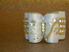 Noeud double coques sans flags 7/8 blanc et doré cristaux Swarovski : Animaux…
