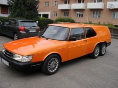Saab 900 at the front and a Volvo 850 at the rear, with two rear axles made by a custom car builder named Wilman Coachwork, in Sweden. Station Wagon Cars, Volvo 850, Flower Car, Saab 900, Shooting Brake, Unique Cars, Old Cars, Motor Car, Custom Cars