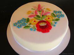 Hungarian  kalocsai embroidery cake