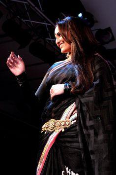 Bollywood actress, Sonakshi Sinha walks for fashion designer Rajguru's creation....