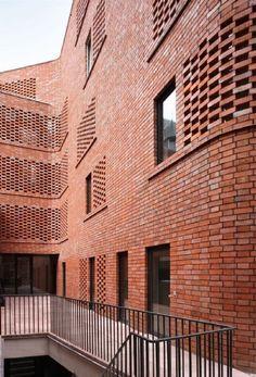 Architectura - 'De Lork' - Logements encadrés à Saint-Gilles (51N4E)