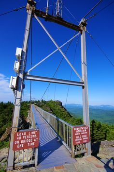 Grandfather Mountain NC - Mile-High The swinging bridge really swings up and down especially when people jump on it. Beautiful view on a clear Autumn day. Asheville North Carolina, North Carolina Homes, Asheville Nc, Chimney Rock North Carolina, South Carolina, Banner Elk North Carolina, Bryson City North Carolina, North Carolina Hiking, Carolina Pride