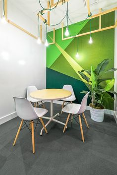 42 Relaxing Modern Office Space Design Ideas is part of painting Walls Office - The rise in home working, increased use of the Internet, and advances in affordable and widely available technology for businesses […] Cozy Office, Cool Office Space, Green Office, Office Space Design, Office Workspace, Office Interior Design, Office Interiors, Office Designs, Small Office