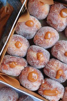 – Jane's Patisserie Cinnamon Salted Caramel Doughnuts! Donut Recipes, Pastry Recipes, Baking Recipes, Cookie Recipes, Dessert Recipes, Delicious Donuts, Yummy Food, Janes Patisserie, Homemade Donuts