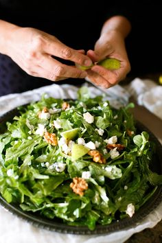 Fall Salad | pear, creamy Gorgonzola, candied walnuts, tossed with fresh arugula in a white wine vinaigrette in just 10 minutes!